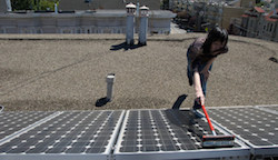cleaning-solar-panels