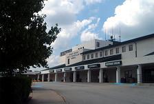 YeagerAirport1