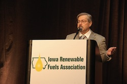 IA Gov Branstad at Iowa Renewable Fuels Summit