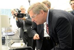 Tom Vilsack and biofuels Photo USDA,jpg