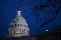us-capitol-fiscal-cliff-vote Photo: Bloomberg | ANDREW HARRAR