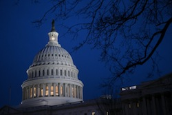 us-capitol-fiscal-cliff-vote Photo: Bloomberg | ANDREW HARRAR