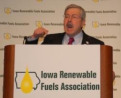 IA Gov Terry Branstad 2014 Iowa Renewable Fuels Summit