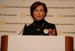 IA Lt Gov Kim Reynolds at 2014 Iowa Renewable Fuels Summit