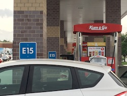 Kum & Go station in Des Moines offering E15. Photo Credit: Joanna Schroeder