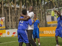Shell and Akon unveil Africa's first player and solar powered football pitch in Lagos (PRNewsFoto/Royal Dutch Shell plc)