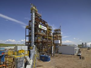 Enerkem's facility in Edmonton becomes the first ISCC certified plant in the world to convert municipal solid waste into biomethanol. Photo: CNW Group/ENERKEM INC.