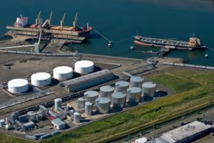 REG Grays Harbor is a 100-million gallon nameplate biodiesel refinery (center) and terminal operations at the Port of Grays Harbor near Hoquiam, Washington. (Photo: Business Wire)